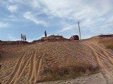 наша Нива на пляже